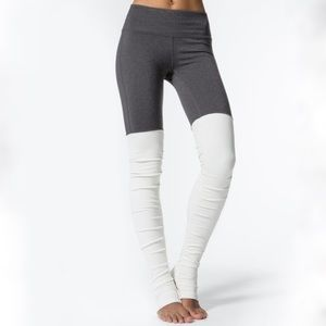 Alo Yoga Goddess Leggings-Heather/Natural-Size S